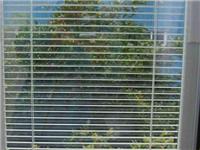 如何制作中空玻璃百叶窗  办公室用百叶玻璃的好处