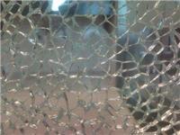 哪种玻璃碎裂后不会脱落  玻璃门锁该怎么装到门上