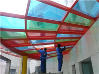 建筑玻璃贴膜的功能特点  汽车玻璃贴膜的挑选标准