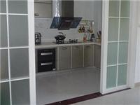厨房门用木门还是玻璃门  如何选择厨房玻璃门材料