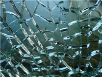 玻璃表面出现裂缝怎么补  玻璃门裂痕划痕怎么修补