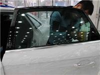 汽车玻璃贴膜能不能防晒  怎样分辨汽车贴膜的质量