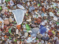 我国废旧玻璃制品回收率低 专家建议玻璃瓶强制回收应立法