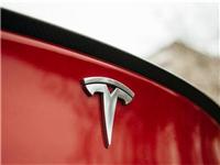 特斯拉(TSLA.US)获新专利:车辆玻璃系统中的功能夹层
