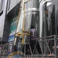 更换电梯玻璃 热弯玻璃维修 安装
