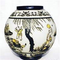 高档工艺套皮浮雕玻璃花瓶