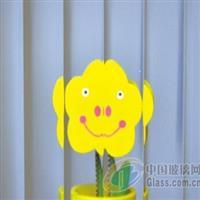 金晶超白玉虹压花玻璃