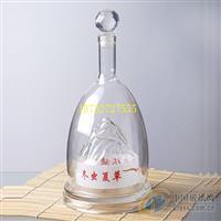 吹制昆仑山玻璃酒瓶内置小山造型白酒瓶