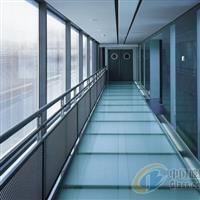 防滑玻璃防火防滑玻璃防滑玻璃楼梯