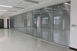 門頭溝區安裝玻璃更換窗戶玻璃定做烤漆玻璃