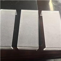 河南鄭州7毫米超白U形熱彎玻璃