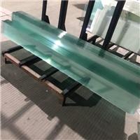誠隆專業打造純綠色超白玻璃 冷熱交替零爆開鋼化玻璃
