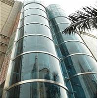 东莞弧形玻璃厂 供应观光梯弯钢化玻璃