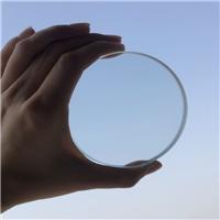 阳光下可视的钢化玻》璃 绿色超白通透钢』化玻璃