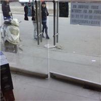 徐汇区维修玻璃门,玻璃碎了配玻璃,拆装玻璃